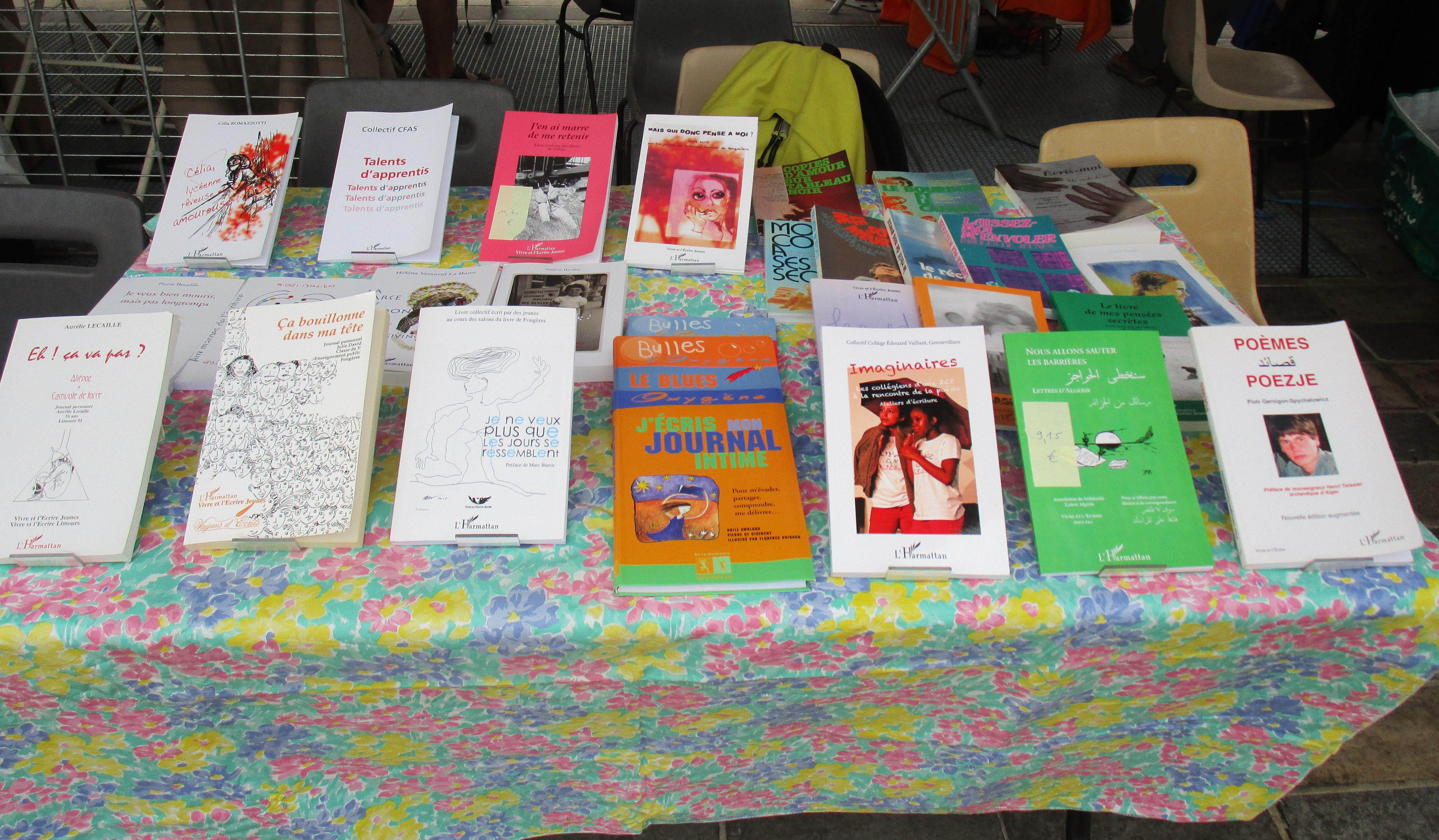 Une sélection de livres écrits par des jeunes